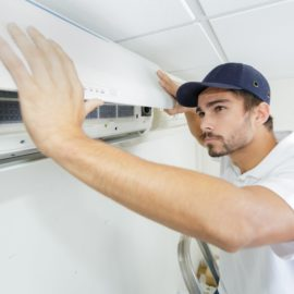Two common signs of refrigerant leaks with your HVAC