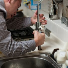 Scary Warnings Signs That You Need to Call a Plumber