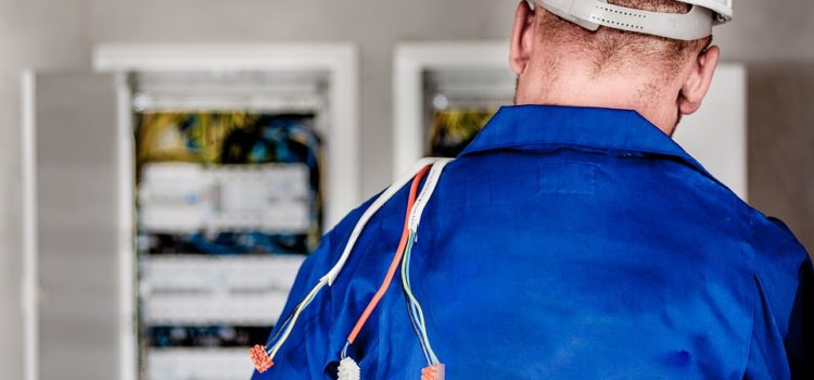 Tips in Choosing a Commercial Electrician