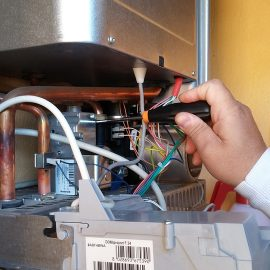Who to Call For the Installation of a Water Heater?